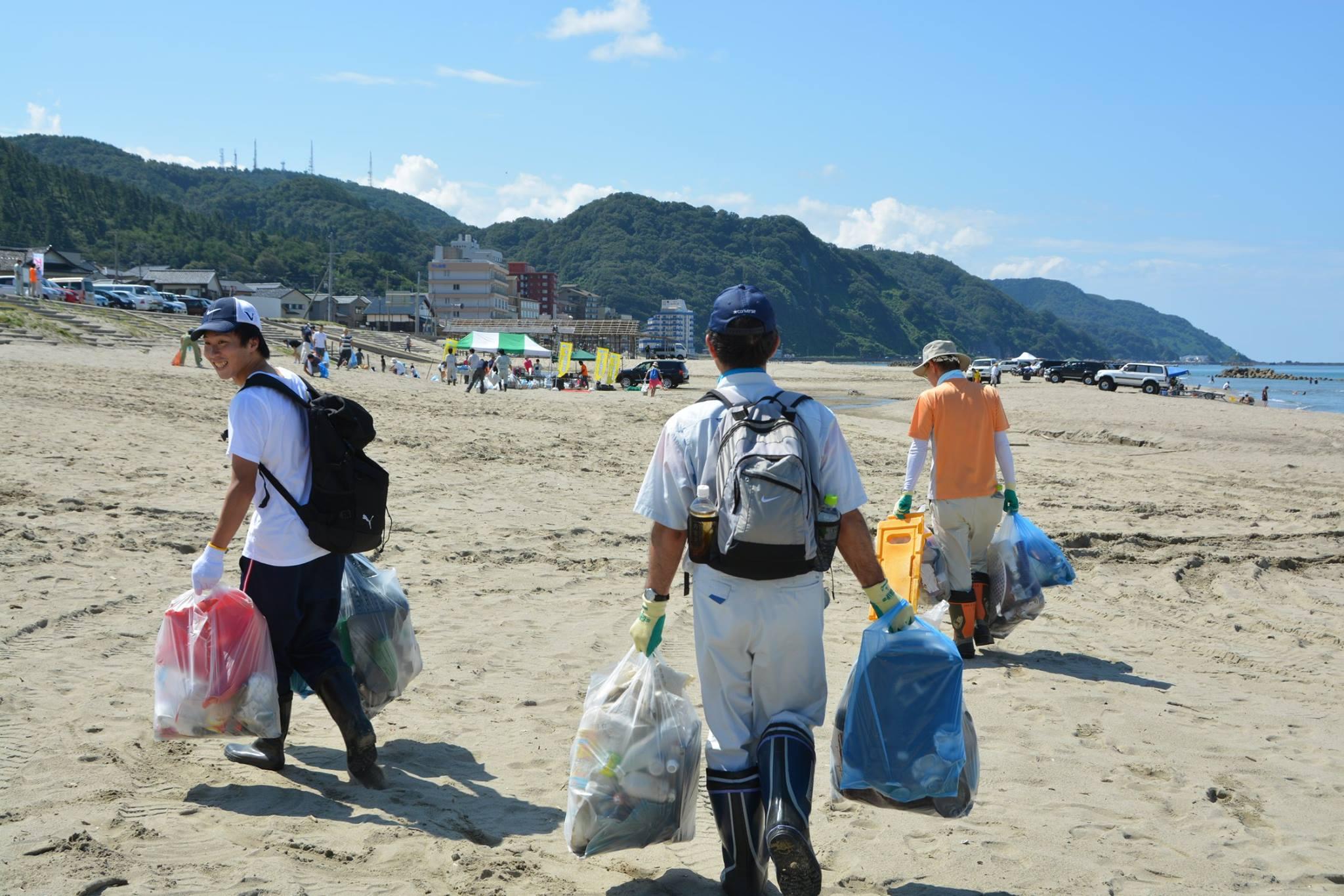 スポーツゴミ拾いin湯野浜海岸
