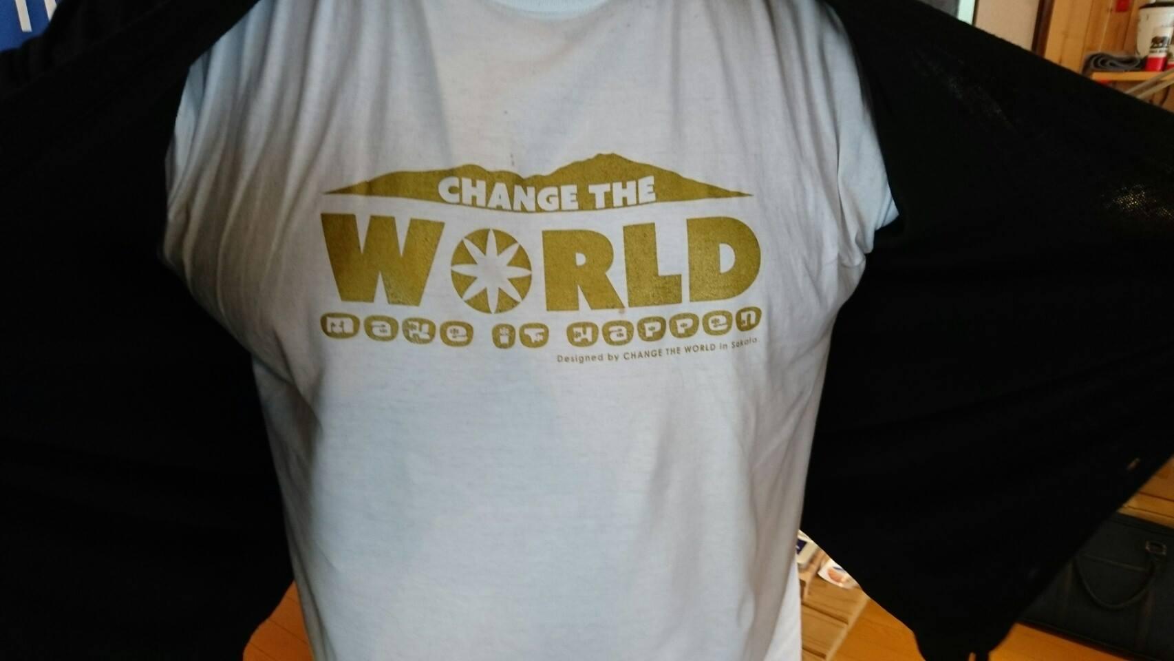 GOLDENオリジナルTシャツ